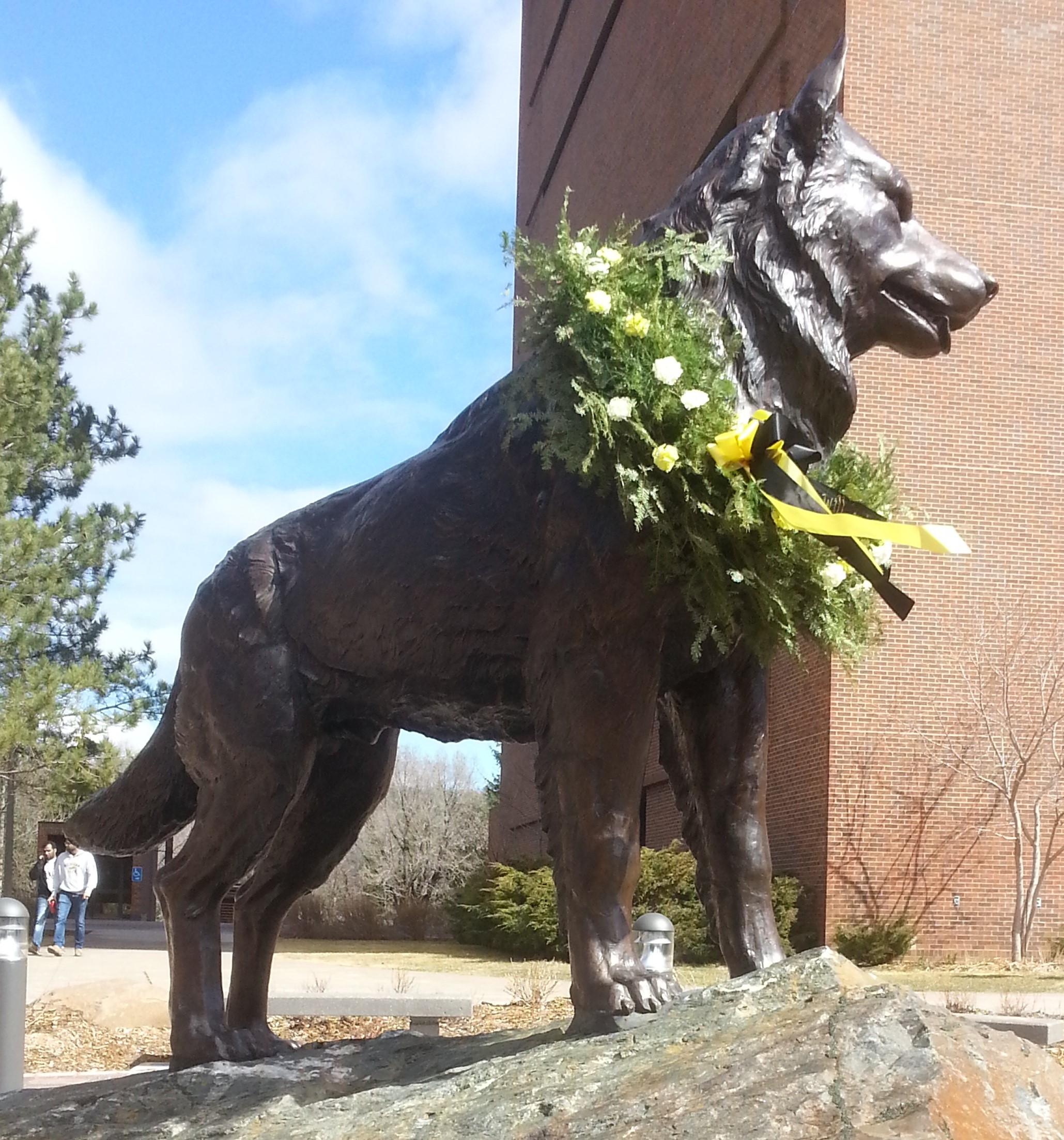 Michigan Tech campus flower delivery, houghton-hancock, mi